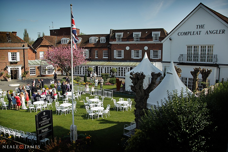 Colour photograph of the Compleat Angler in Marlow