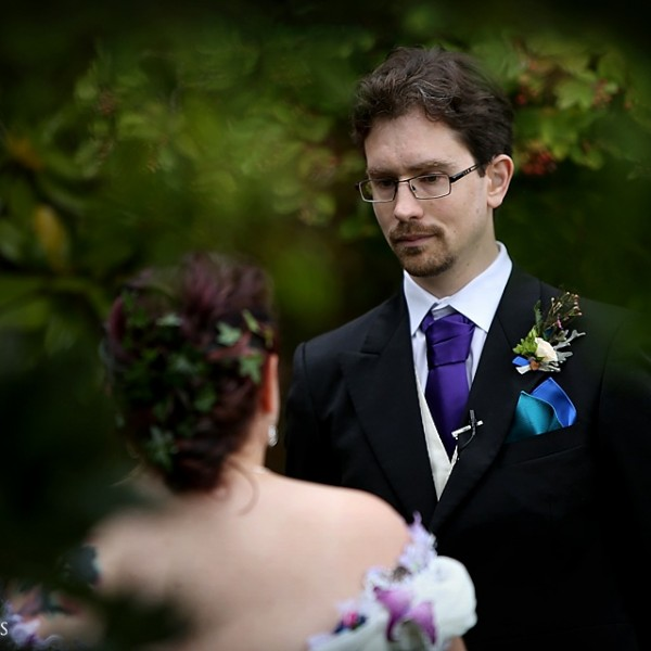 Sharon and Justin's Notley Abbey handfasting