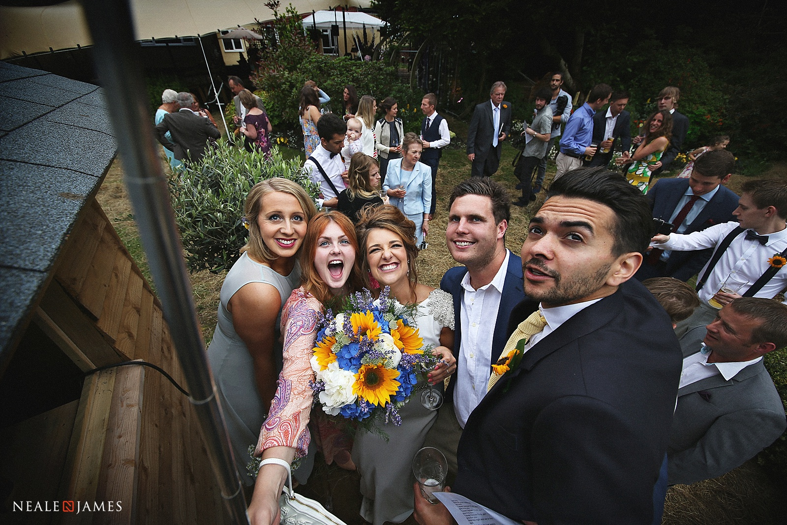 A wedding selfie picture